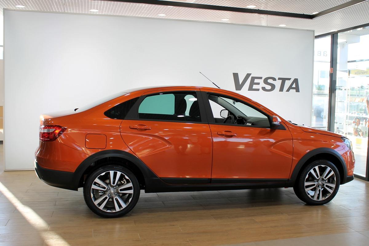 Стало известно, когда появится Lada Vesta с вариатором